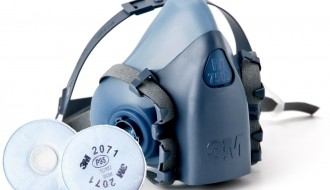 3M 7502 Half Facepiece Dual Cartridge Respirator + 3M 2071 P95 Particulate Filter